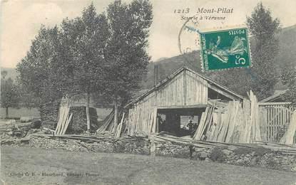 """CPA FRANCE 42 """"Mont Pilat, scierie à Véranne"""""""