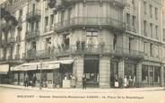 """90 Territoire De Belfort CPA FRANCE 90 """"Belfort, Grande brasserie Corne, Place de la République"""""""