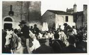 """13 Bouch Du Rhone / CPSM FRANCE 13 """"Les Saintes Maries de la Mer, procession de Sainte Sara"""" / GITAN"""