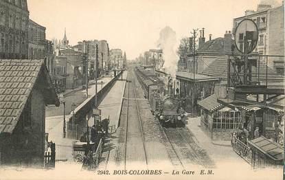 """CPA FRANCE 92 """"Bois Colombes, la Gare"""" / TRAIN"""