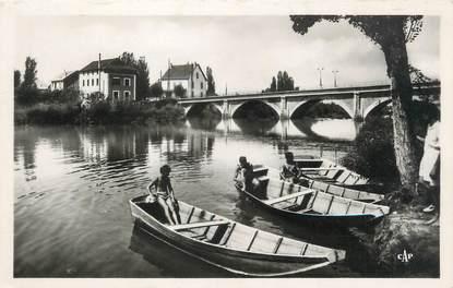 """/ CPSM FRANCE 73 """"Saint Génix sur Guiers, jolie vue au pont du Guiers"""""""