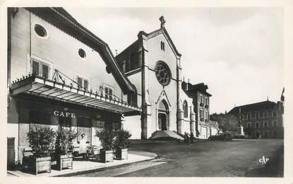 """/ CPSM FRANCE 73 """"Saint Génix sur Guiers, place de  l'église"""""""