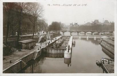"""/ CPSM FRANCE 75004 """"Paris, écluse de la Cité"""""""