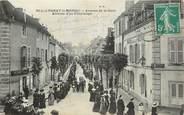 """71 SaÔne Et Loire CPA FRANCE 71  """"Paray le Monial, avenue de la gare, arrivée d'un pèlerinage"""""""