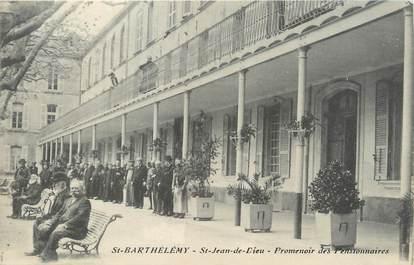 """/ CPA FRANCE 13 """"Saint Barthélémy, Saint Jean de Dieu, promenoir des Pensionnaires"""""""