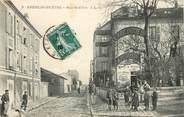 """94 Val De Marne CPA FRANCE 94  """"Kremlin Bicêtre, rue Bobillot, Epicerie"""""""