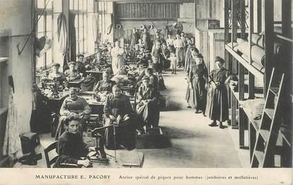 """CPA FRANCE 35 """"Fougères,  la manufacture, atelier de piquage des chaussures"""""""