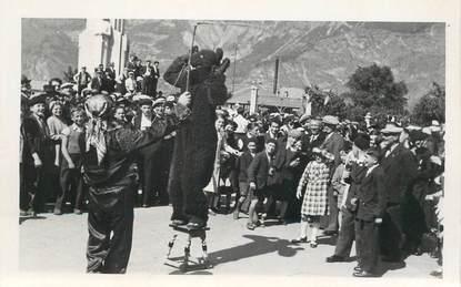 """CARTE PHOTO FRANCE 73 """"Saint Jean de Maurienne, Homme déguisé en Ours"""""""