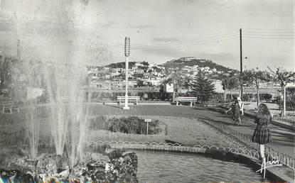 """/ CPSM FRANCE 83 """"Sanary, les jardins, vue sur le quartier des Lônes"""""""