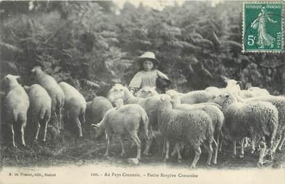 """/ CPA FRANCE 23 """"Type Creusois, petite Bergère Creusoise"""" / FOLKLORE"""