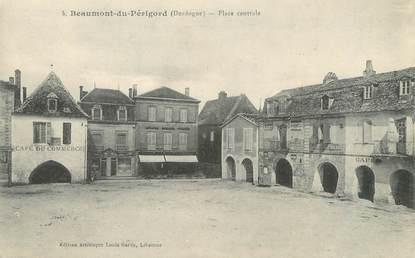 """/ CPA FRANCE 24 """"Beaumont du Périgord, place centrale"""""""