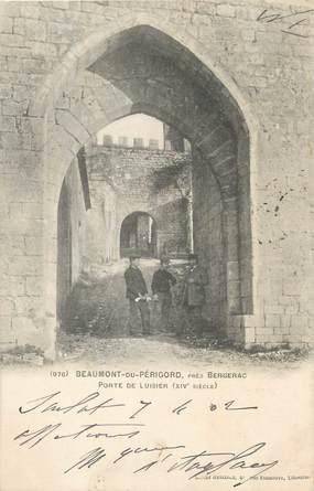 """/ CPA FRANCE 24 """"Beaumont du Périgord, porte de Luisier"""""""