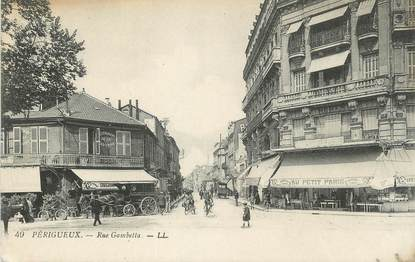 "/ CPA FRANCE 24 ""Périgueux, rue Gambetta"""