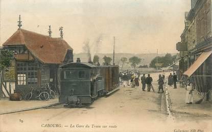 """CPA FRANCE 14 """"Cabourg, la gare du Train sur route"""""""