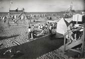 """64 PyrÉnÉe Atlantique / CPSM FRANCE 64 """"Hendaye, jeux sur la plage"""""""