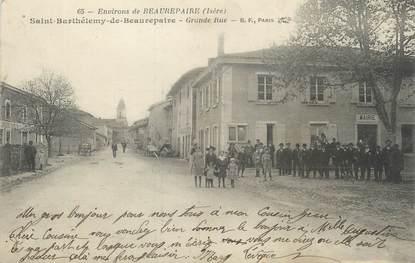 "/ CPA FRANCE 38 ""Saint Barthélémy de Beaurepaire, grande rue"""