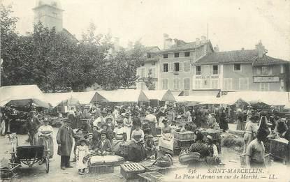 """/ CPA FRANCE 38 """"Saint Marcellin, la place d'Armes un jour de marché """""""