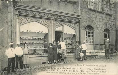 """CPA FRANCE 87 """"Saint Léonard de Noblat, Place Gay Lussac, patisserie confiserie"""""""