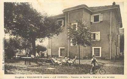 """/ CPA FRANCE 38 """"Vaulnaveys le Haut, le Vernon, pension de famille, vue d'une terrasse""""'"""