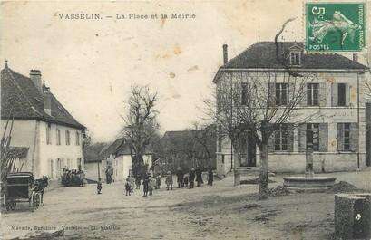 """/ CPA FRANCE 38 """"Vasselin, la place et la mairie"""""""