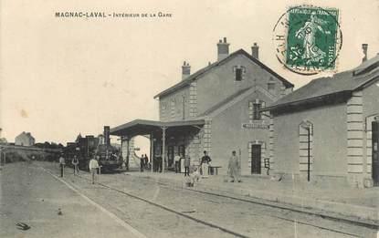 """CPA FRANCE 87 """"Magnac Laval, intérieur de la gare"""" / TRAIN"""