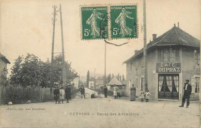 """/ CPA FRANCE 38 """"Veyrins, route des Avenières """""""