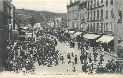 """/ CPA FRANCE 38 """"Vienne, la place Saint Maurice"""""""