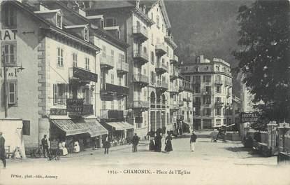 """/ CPA FRANCE 74 """"Chamonix, place de l'église"""""""