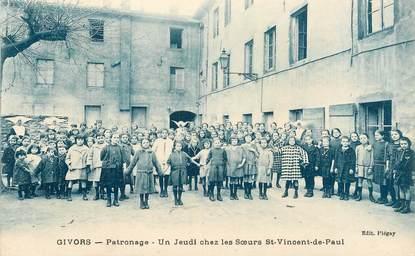 """CPA FRANCE 69 """"Givors, patronage, un jeudi chez les soeurs Saint Vincent de Paul"""""""