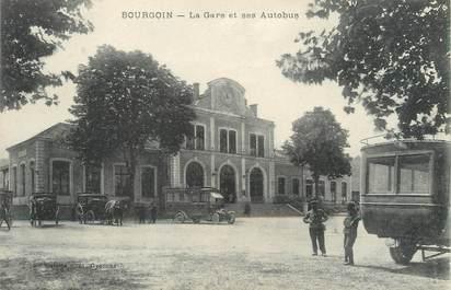 "/ CPA FRANCE 38 ""Bourgoin, la gare et ses autobus"""