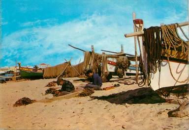 "CPSM  PORTUGAL ""Algarve, pêcheurs raccommodant les filets"""