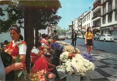 """CPSM   PORTUGAL  """"Madeira, vendeuses de fleurs au centre de la ville de Funchal"""""""
