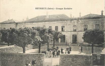 """/ CPA FRANCE 38 """"Heyrieux, groupe scolaire"""""""