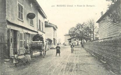 """/ CPA FRANCE 38 """"Moidieu, route de Bourgoin"""""""