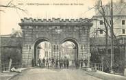 "55 Meuse CPA FRANCE 55 ""Verdun bombardé, la Porte Saint Paul"""