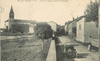 """.CPA FRANCE 42 """"La Gresle, Entrée du Bourg, route de Sevelinges"""""""