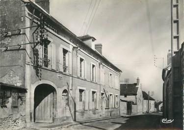 """/ CPSM FRANCE 89 """"Chichery, mairie et école"""""""