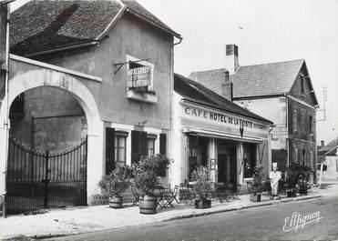 """/ CPSM FRANCE 89 """"Flogny, hôtel de la poste"""""""
