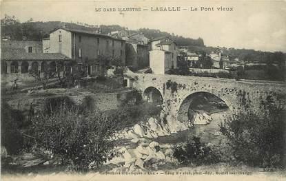 """CPA FRANCE 30 """"Lasalle, le Pont vieux"""""""