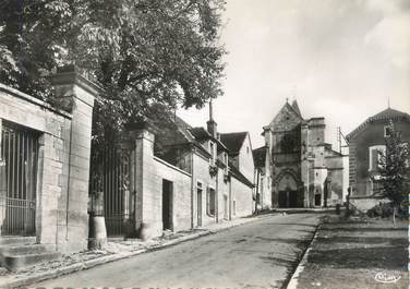 "/ CPSM FRANCE 89 ""Poilly sur Serein, rue Therriat"""