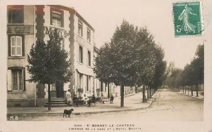 """.CPA FRANCE 42 """"St Bonnet le Château, L'avenue de la Gare et l'Hôtel Brotta"""""""