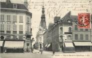 """89 Yonne CPA FRANCE 89 """"Sens, La Place et la rue de la République"""""""