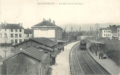 """.CPA  FRANCE 42 """"St Etienne, La Gare de la Terrasse""""/ TRAIN"""
