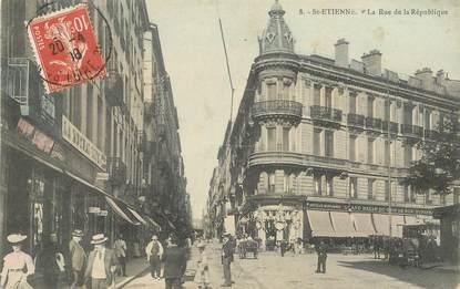 """.CPA  FRANCE 42 """"St Etienne, La Rue de la République"""""""