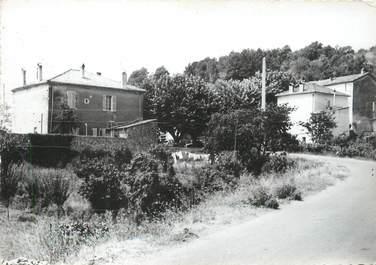 """/ CPSM FRANCE 83 """"Les Adrets de l'Esterel, entrée du village"""""""