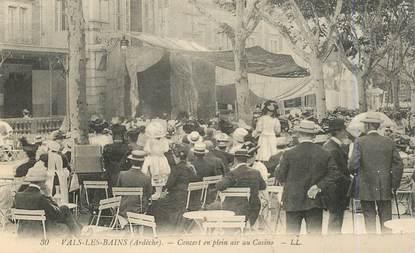 """.CPA  FRANCE  07 """"Vals les Bains, Concert en plein air au casino"""""""
