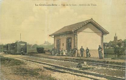 "CPA FRANCE 77 ""la Croix en Brie, la gare"" / TRAIN"
