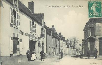 ".CPA  FRANCE 41 ""Bracieux, Rue de Sully"""