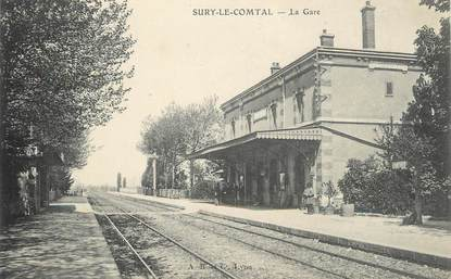".CPA  FRANCE 42  "" Surry le Comtal, la Gare """