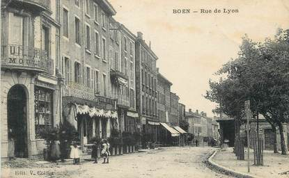 """.CPA FRANCE 42 """" Boen, Rue de Lyon"""""""